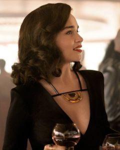 Qi'ra interpretada por Emilia Clarke.