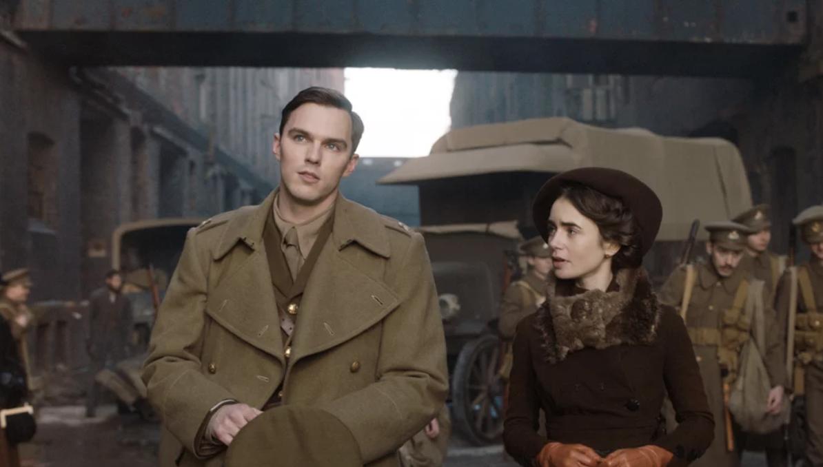 Primeras imágenes de la película de Tolkien con Nicholas Hoult y Lily Collins
