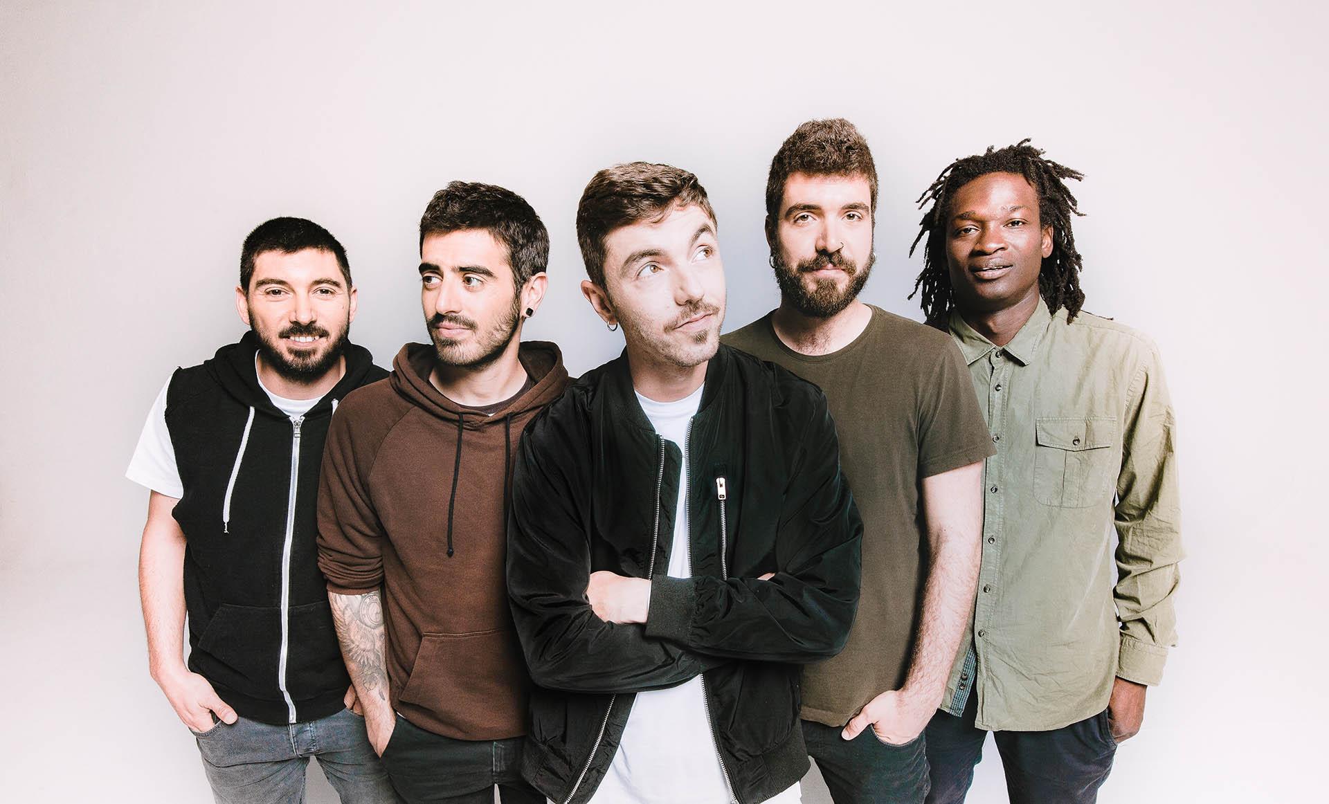 Nativa, imagen promocional del nuevo grupo formado por excomponentes de La Raíz